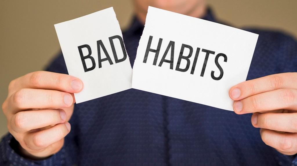7 Kebiasaan Buruk yang Harus Dihilangkan Secepat Mungkin Untuk Menjadi  Orang Sukses